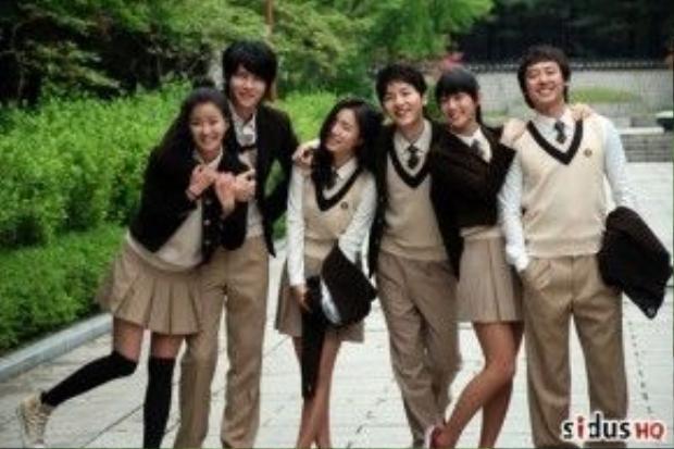 Song Joong Ki cùng Shin Se Kyung trong bộ phim Năm giác quan của thần ái tình.