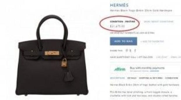 Chiếc túi Hermes Black Togo Birkin khóa vàng của người đẹp được bán với giá 21,675 USD ( hơn 500 triệu đồng).