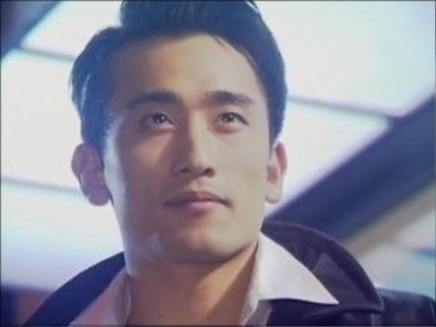 """Sau khi xuất ngũ, Cha In Pyo nhận được nhiều kịch bản """"vàng"""", giúp tên tuổi anh nổi như cồn khắp châu Á."""