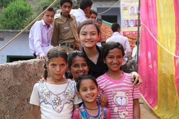 Nữ sinh tuổi 17 nhận mưa học bổng từ 12 trường đại học tốt nhất thế giới
