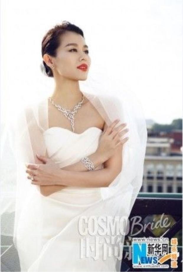 Hiện tại Hồ Hạnh Nhi đã kết hôn doanh nhân Philip Lee.