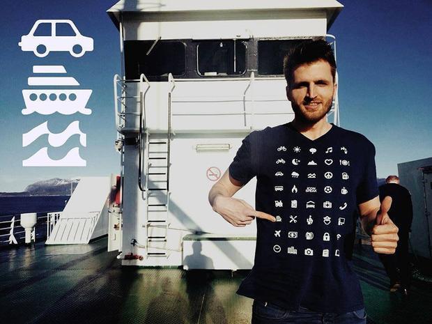 Chiếc áo thun có thể nói chuyện bằng bất cứ ngôn ngữ nào