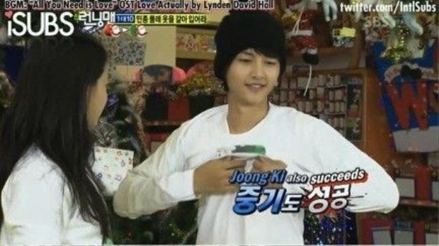 Liệu sau khi lấy vợ, Song Joong Ki có còn lầy lội dễ thương như thế này nữa không?