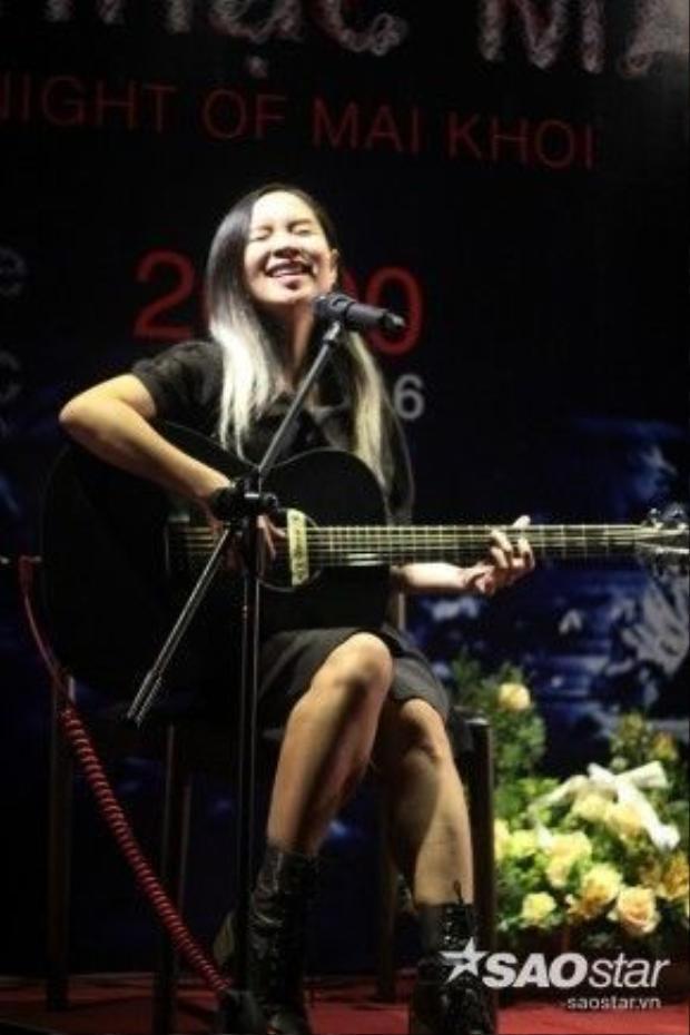 """""""Ước mơ của sau khi hoàn thành dự án âm nhạc này sẽ cùng ban nhạc The Maikhoi's đi biểu diễn ở khắp nơi và đây sẽ là công cụ để phổ biến nhạc Việt đến với bạn bè thế giới"""", Mai Khôi tâm sự."""