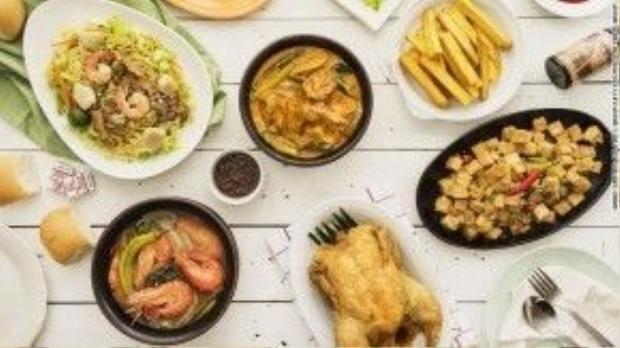 """Max's là thương hiệu gà rán có lịch sử lâu đời tại Philippines. Món ăn này rất phổ biến trong các bữa tiệc gia đình của người bản xứ và thường được dùng kèm các món """"cây nhà lá vườn"""" khác của Philippines. Cửa hàng gà rán Max's có thể được tìm thấy ở khắpđất nước vạn đảo này. Ngoài ra, thực khách còn có thể chọn Jollibee để thay thế."""