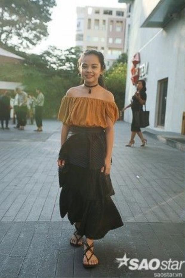 Hiếm có fashionista nhí nào rạng rỡ, tươi tắn như Sunny Dương.