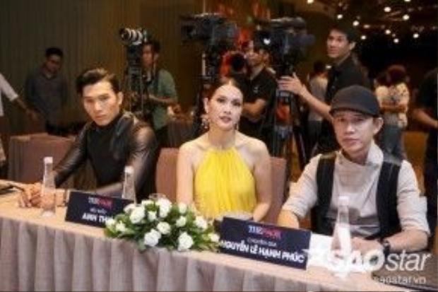 Những thí sinh được 3 vị HLV chọn lựa sẽ được trao tấm vé Call Back Ticket để có thể tiến vào sâu những vòng kế tiếp của The Face Vietnam.