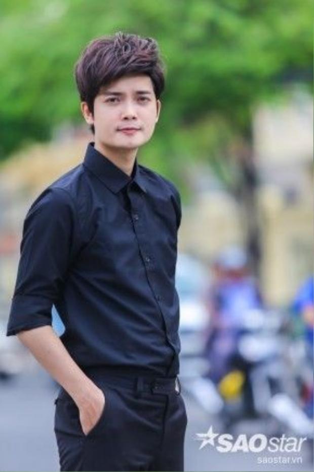 'Hoàng tử buồn' Đặng Tuấn Phương 'gây sốt' X-Factor 2016 với 2 ca khúc Buồn ơi chào mi và Mẹ tôi.