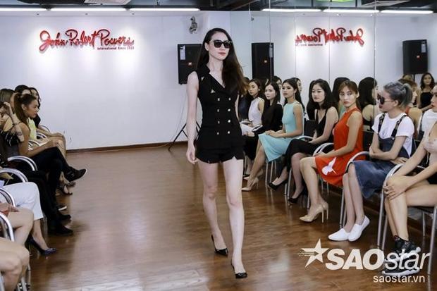 Ghé thăm lớp học đặc biệt của thí sinh The Face Việt Nam trước giờ lên sóng