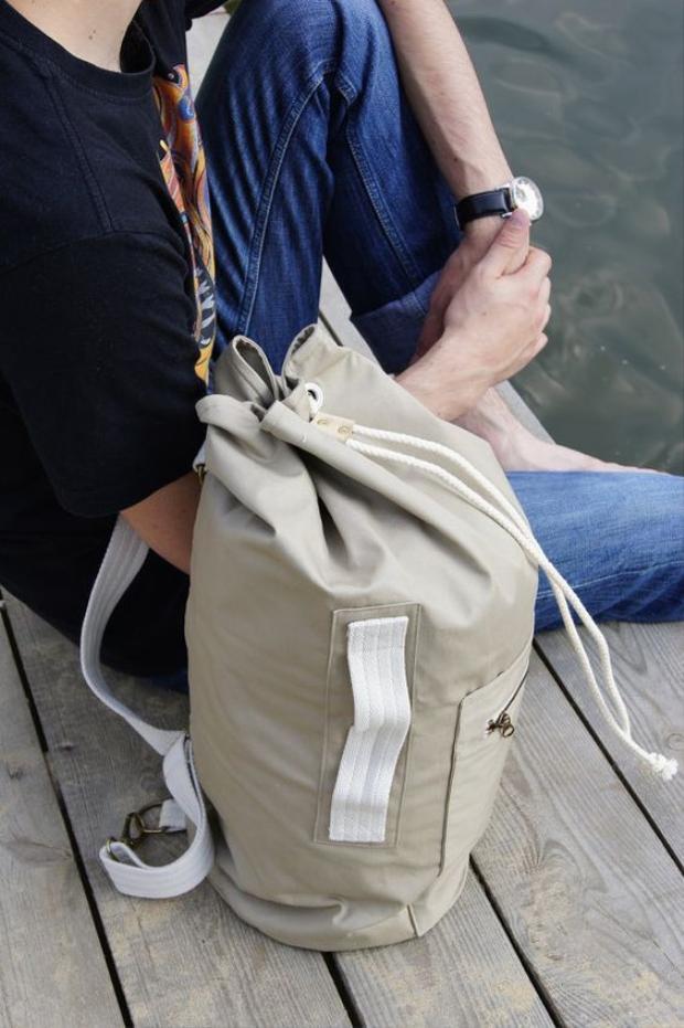 Update ngay những chiếc túi nam này cho mùa hè