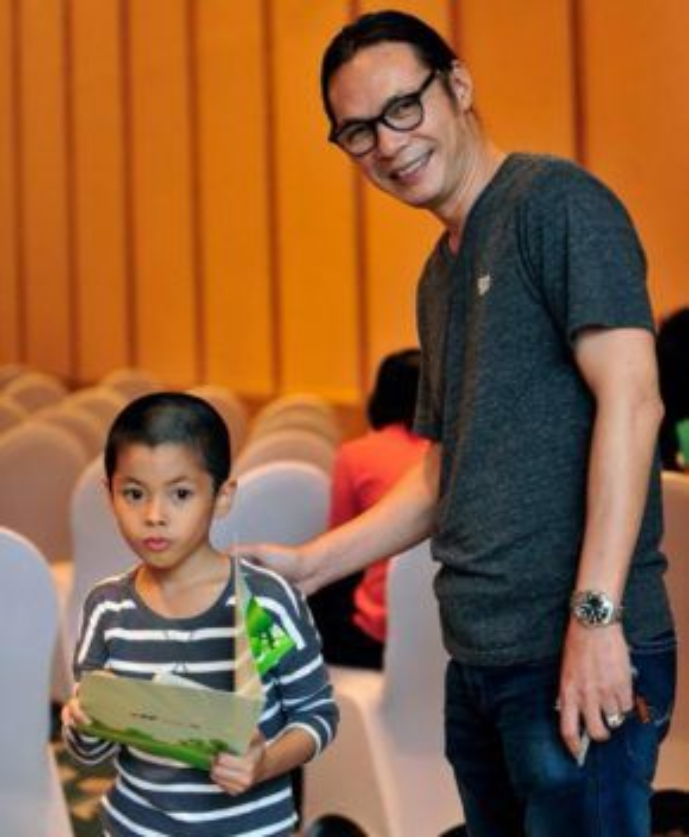 Đạo diễn Trần Lực cũng là một ông bố vô cùng mẫu mực với con cái.