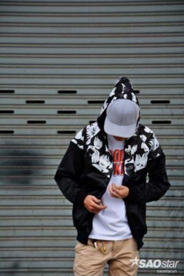 Các mẫu áo khoác lạ mắt được khá nhiều các bạn trẻ ưa chuộng.