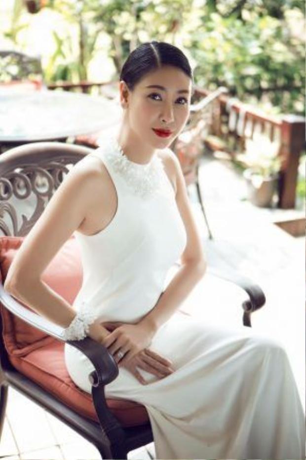 Cho đến nay, Hoa hậu Hà Kiều Anh đã tham gia hơn 10 bộ phim cả điện ảnh và truyền hình.