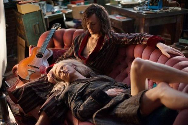 Trước Taylor Swift, đã có bao nhiêu người tình màn ảnh đi qua đời Tom Hiddleston?