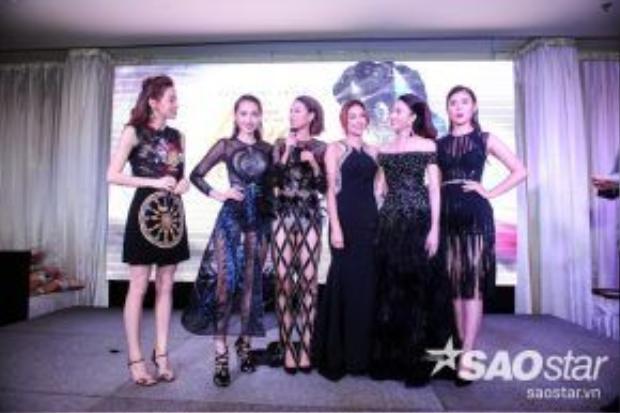 Cũng trong buổi giới thiệu DVD Love Songs, Hồ Ngọc Hà cũng chính thức giới thiệu 5 thí sinh của team mình với báo chí và chia sẻ những khó khăn cũng như những kỷ niệm với các cô học trò của mình.