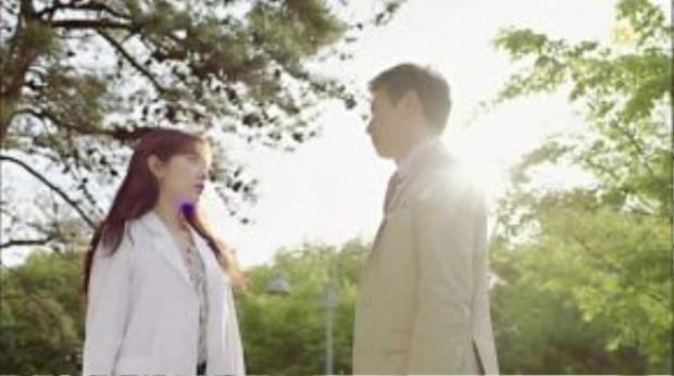 Rae Won cảm hóa Hye Jung , giúp cô theo đuổi ước mơ trở thành bác sĩ.