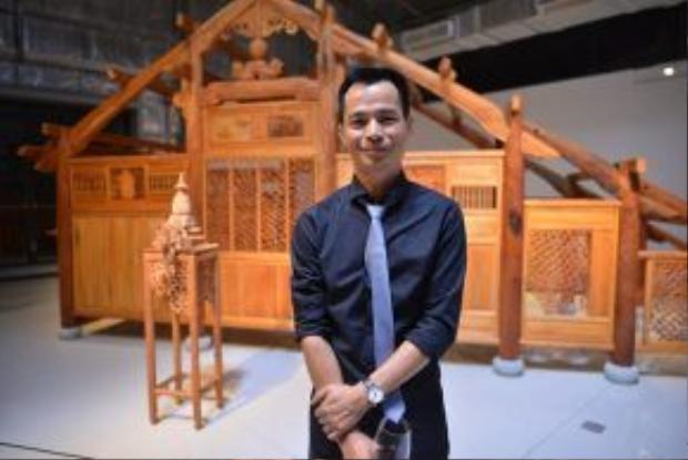 Bùi Công Khanh - tác giả chính của buổi triển lãm tại The Factory Contemporary Arts Centre.