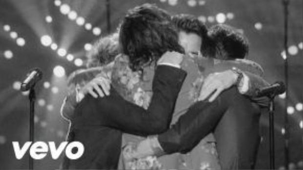 One Direction có vẻ như đã chỉ còn làmột quá khứ trong tuổi trẻ của người yêu nhạc.