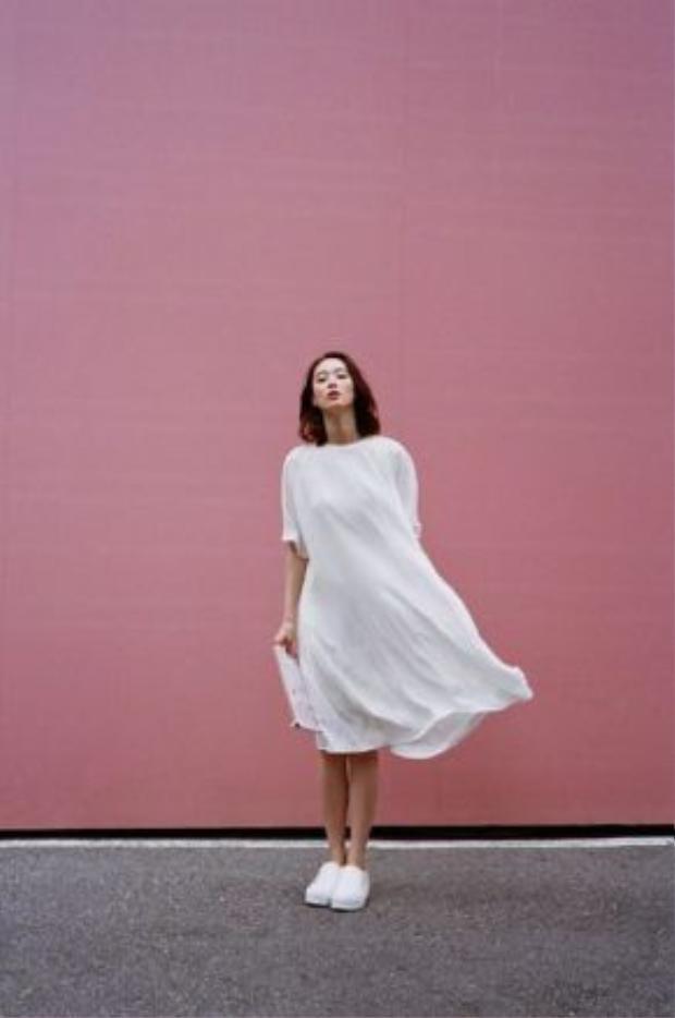 Phối trang phục đơn màu như white-on-white