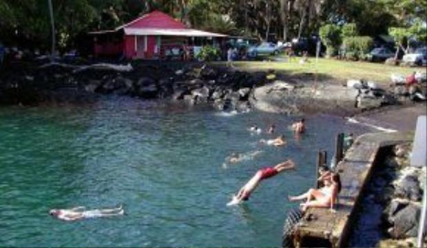 Puna là một trong 9 quận của bang Hawaii (Mỹ).