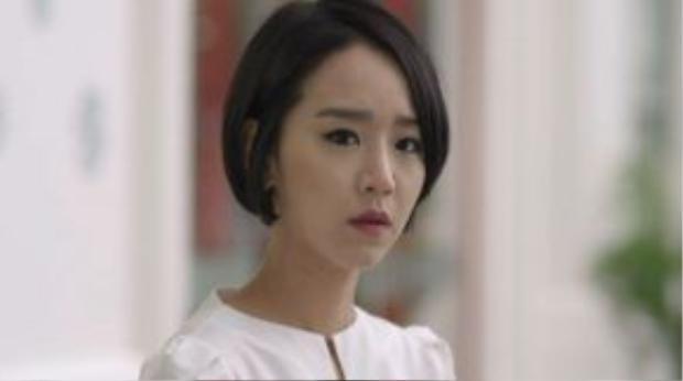 Trong tập cuối của phần 1, có vẻ đạo diễn bỏ quên khá nhiều nhân vật của phim.