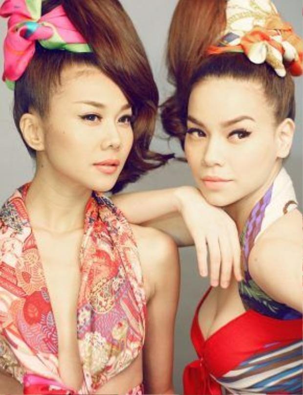 Thanh Hằng - Hà Hồ từng hợp tác với nhau trong rất nhiều dự án, họ từng là gương mặt vedette cho rất nhiều show thời trang lớn trong nước.