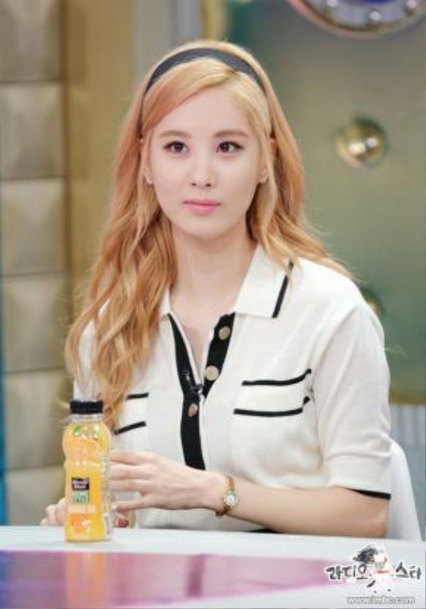 """Seohyun thẳng thắn cho biết mình """"rất buồn""""với cách cư xử của công ty quản lý."""