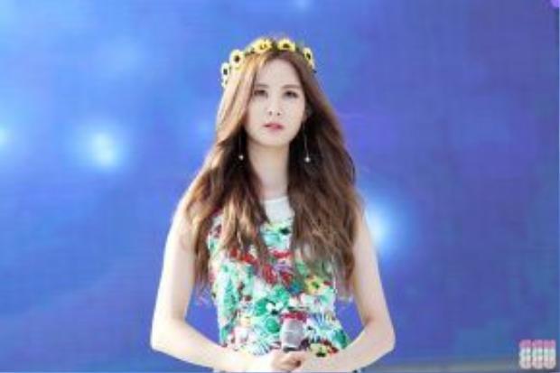 """Seohyun luôn bị SM """"quăng cục lơ"""" dù rất đa tài, chăm chỉ."""