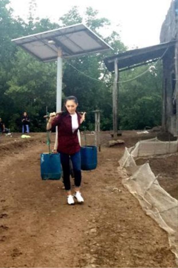 Nguyễn Thuỳ Linh (SBD 118) với dự án Công trình nước sạch tự động cho trường tiểu học Thiềng Liềng.
