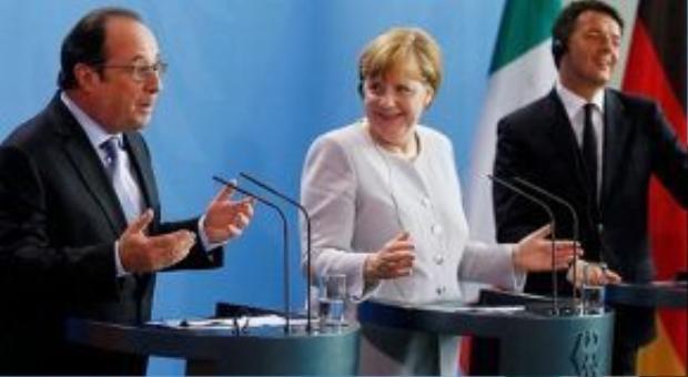 Tổng thống Pháp Hollande, Thủ tướng Đức Merkel và Thủ tướng Italia Renzi (từ trái qua phải)