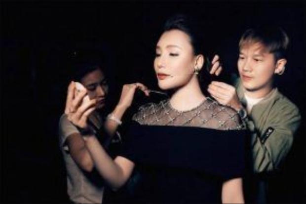 Stylist Lê Minh Ngọc chính là người đứng sau sự thay đổi của nữ ca sĩ Hồ Quỳnh Hương