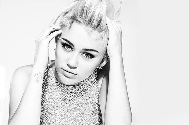 Vắng màu Gaga  Katy  Miley, US-UK toàn MV nhạt toẹt!