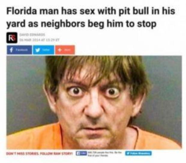Người đàn ông quan hệ tình dục với chó Pit bull trong sân nhà.