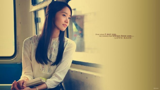 """Yoona """"đốn tim"""" hàng triệu khán giả với những hình ảnh đẹp lung linh trong Love Rain."""