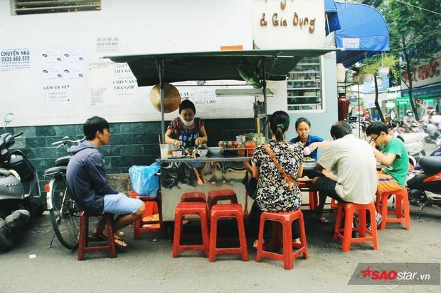 Chuyện của bột chiên 42 năm ở hẻm 109 Sài Gòn