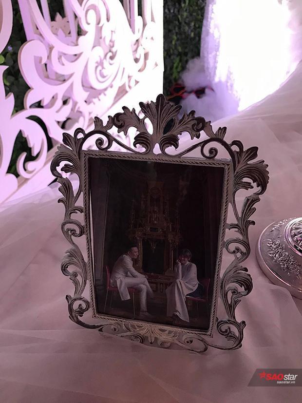 Độc quyền: Hé lộ quang cảnh tiệc cưới xa hoa đẹp như mơ của Trấn Thành và Hari Won