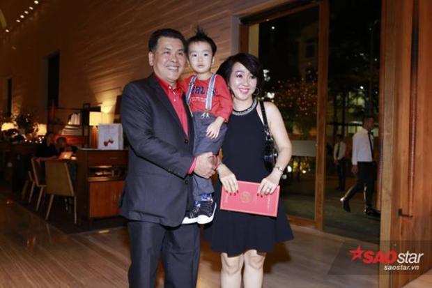 Gia đình diễn viên hài Hữu Nghĩa