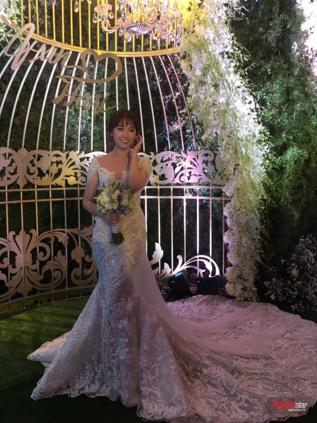 Cô dâu Hari Won kiêu sa