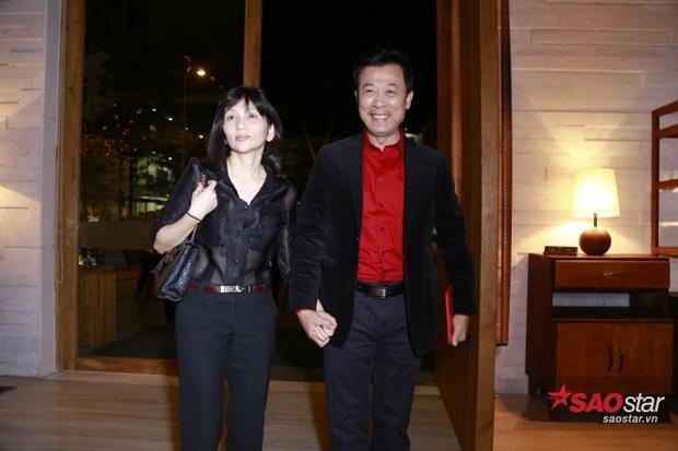 Vợ chồng nghệ sĩ hài Vân Sơn cũng đã có mặt ở tiệc cưới.