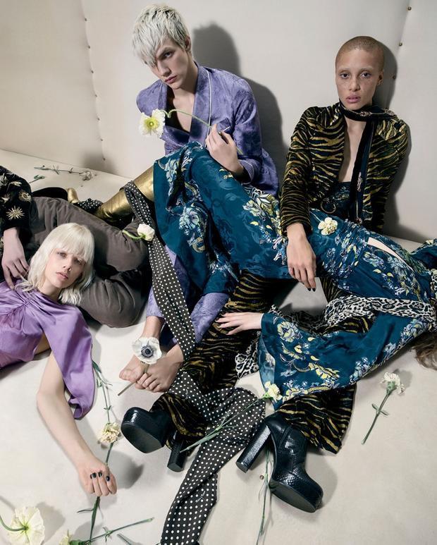 Những thiết kế của anh khi gắn bó cùng nhà mốt Roberto Cavalli đều mang đến hình ảnh mạnh mẽ và phóng khoáng dành cho nữ giới.