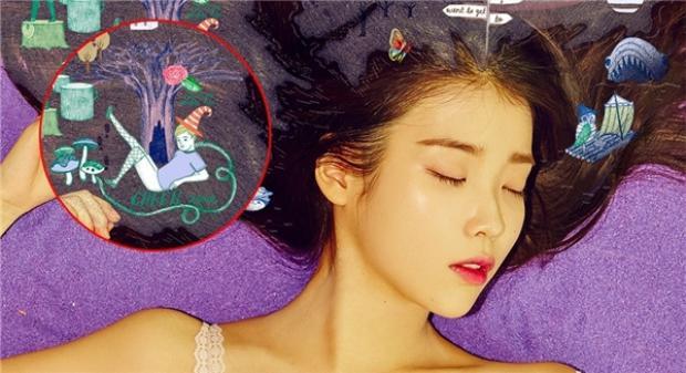 Hình ảnh bé trai 5 tuổi mặc tất lưới trong album của ca sĩ IU được cho là một biểu hiện của bệnh ấu dâm.