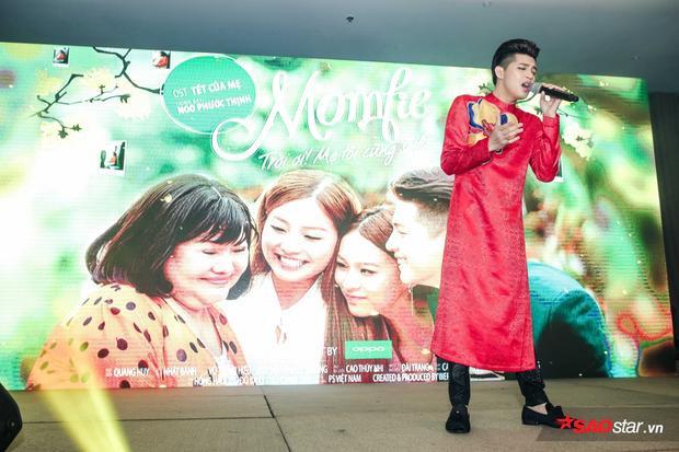 Bên cạnh Noo Phước Thịnh, Momfie - Trời ơi mẹ tôi cũng selfie còn có sự góp mặt của NSƯT Ngọc Giàu.