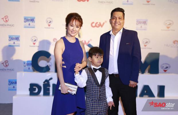 Gia đình nhà sản xuất kiêm diễn viên Thanh Thuý và đạo diễn Đức Thịnh.