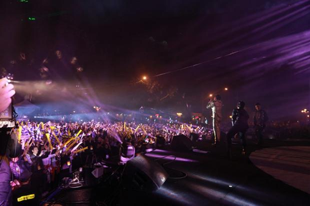 Sự xuất hiện của Noo khiến đêm nhạc như vỡ òa.