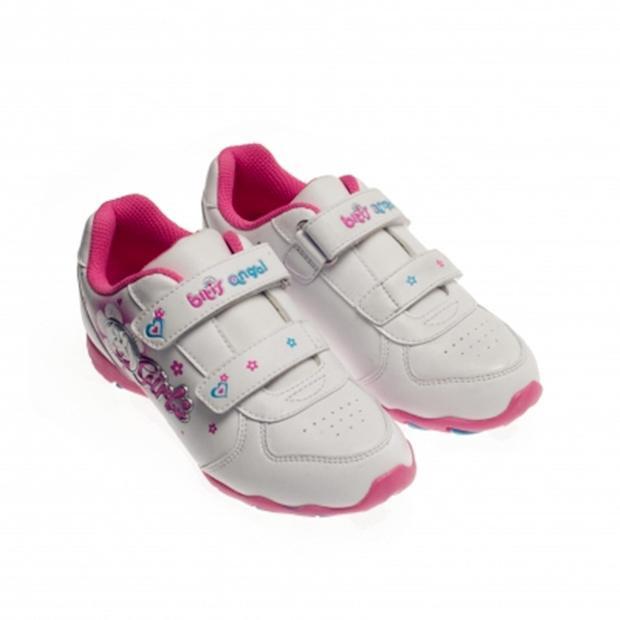 """Kiểu thiết kế giày dán như thế này là """"kinh điển"""" đối với Biti's."""