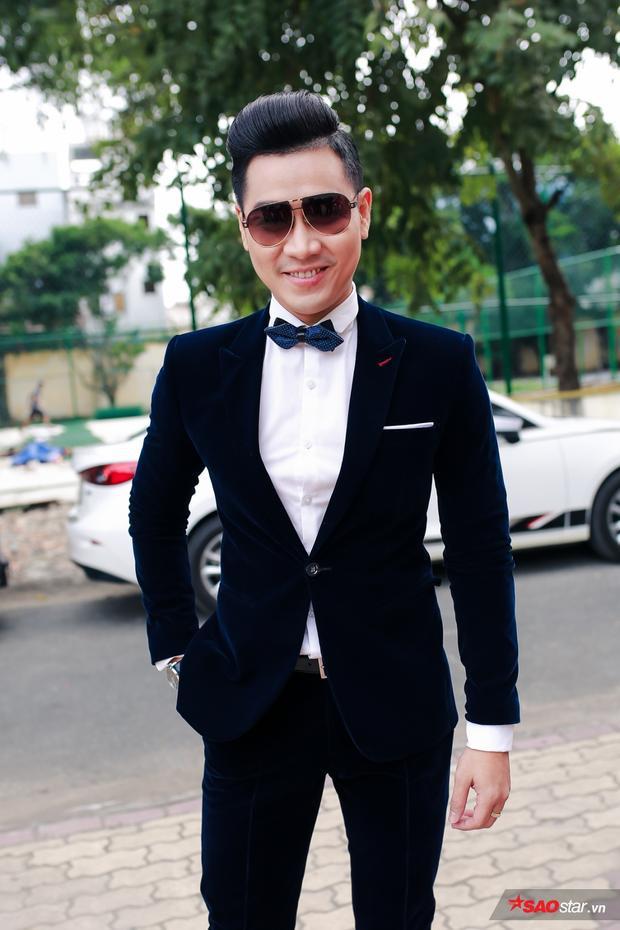 MC Nguyên Khang sẽ là người song hành cùng The Voice 2017.