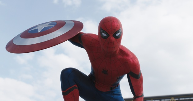 Spider-Man từng xuất hiện trong Captain America: Civil War vào năm ngoái.