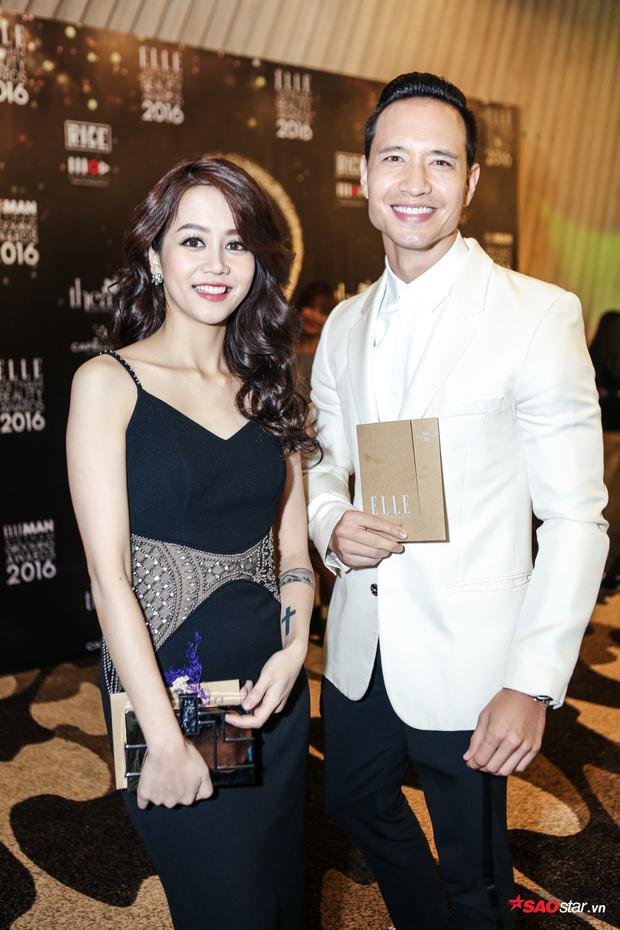 """Nữ chính """"Chờ em đến ngày mai"""" khoe vẻ đẹp rạng rỡ bên cạnh diễn viên Kim Lý."""