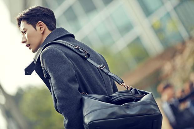 Tạo hình cực ngầu của Park Hae Jin trong phim.