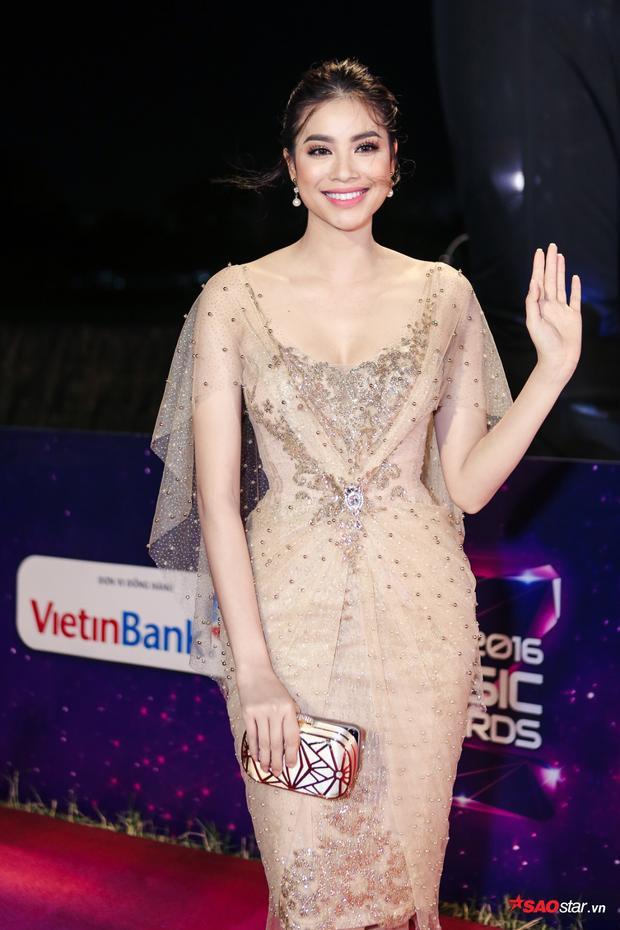 Hoa hậu Hoàn vũ Việt Nam Phạm Hương.